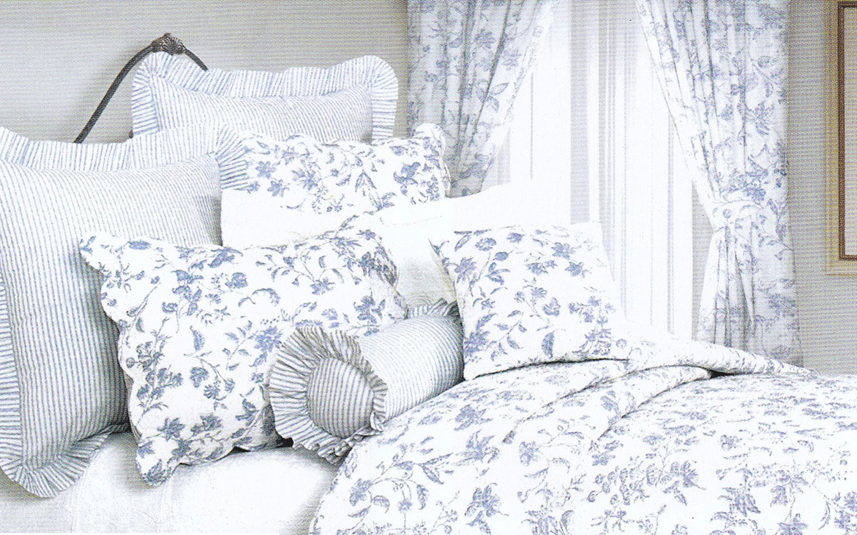 Image of: Country Style Comforter Sets Curtain