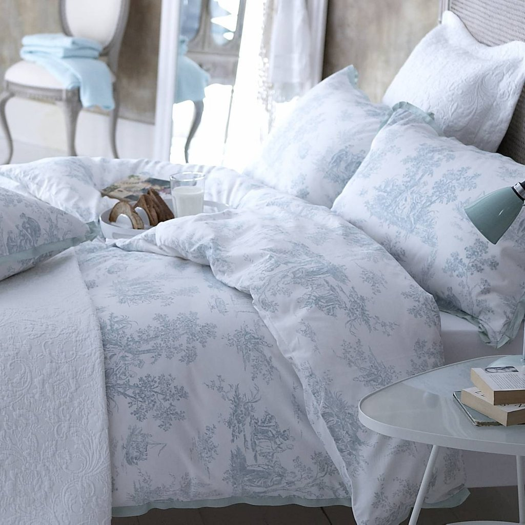 Image of: Creating Country House Toile Bedding House Design Romantic Interior French Country Bedding Sets