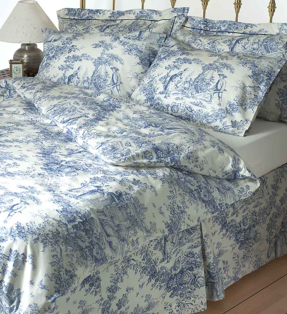 Image of: Duvet Cover Romantic Interior French Country Bedding Sets