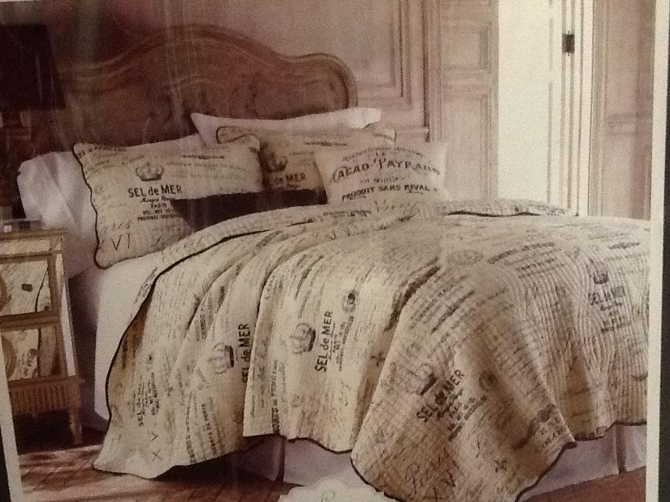 Image of: French Country Script Bedding Bedroom Idea Picture Romantic Interior French Country Bedding Sets