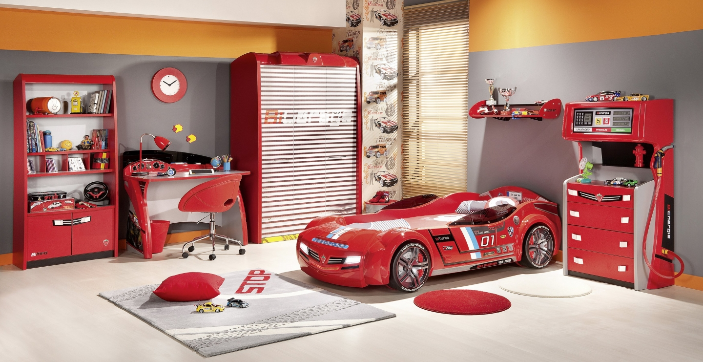 Image of: Little Tikes Car Bed Decorations