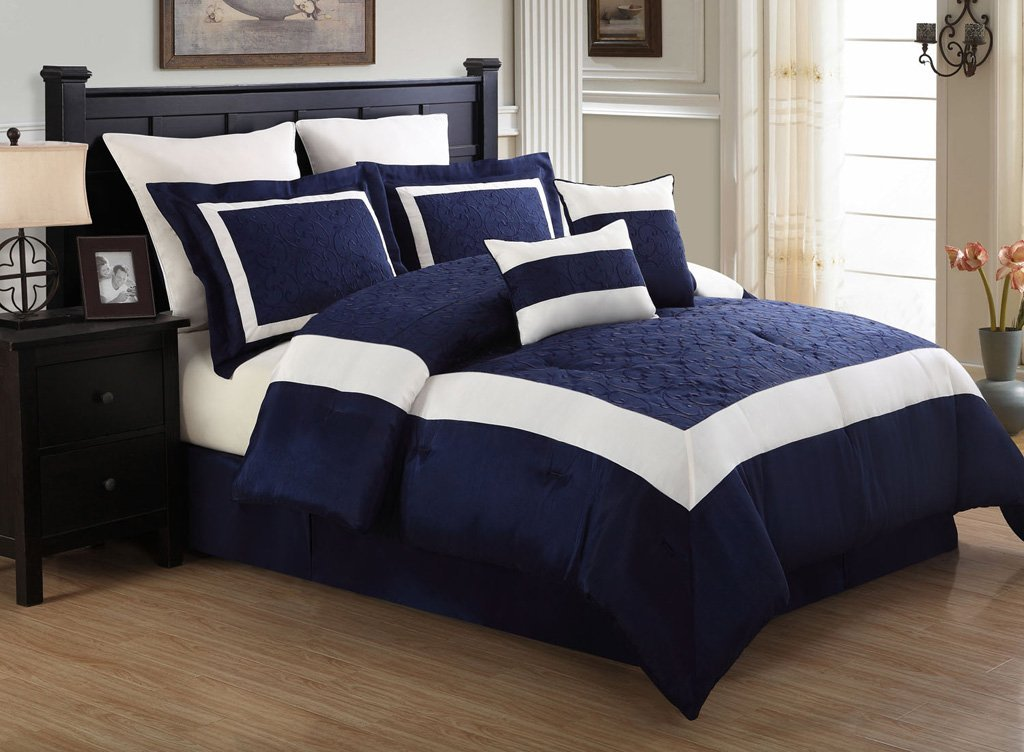 Image of: Navy Blue Quilt Ideas