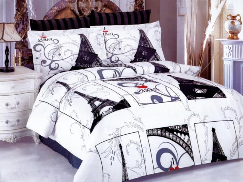 Image of: Paris Theme Bedding Sets for Adults