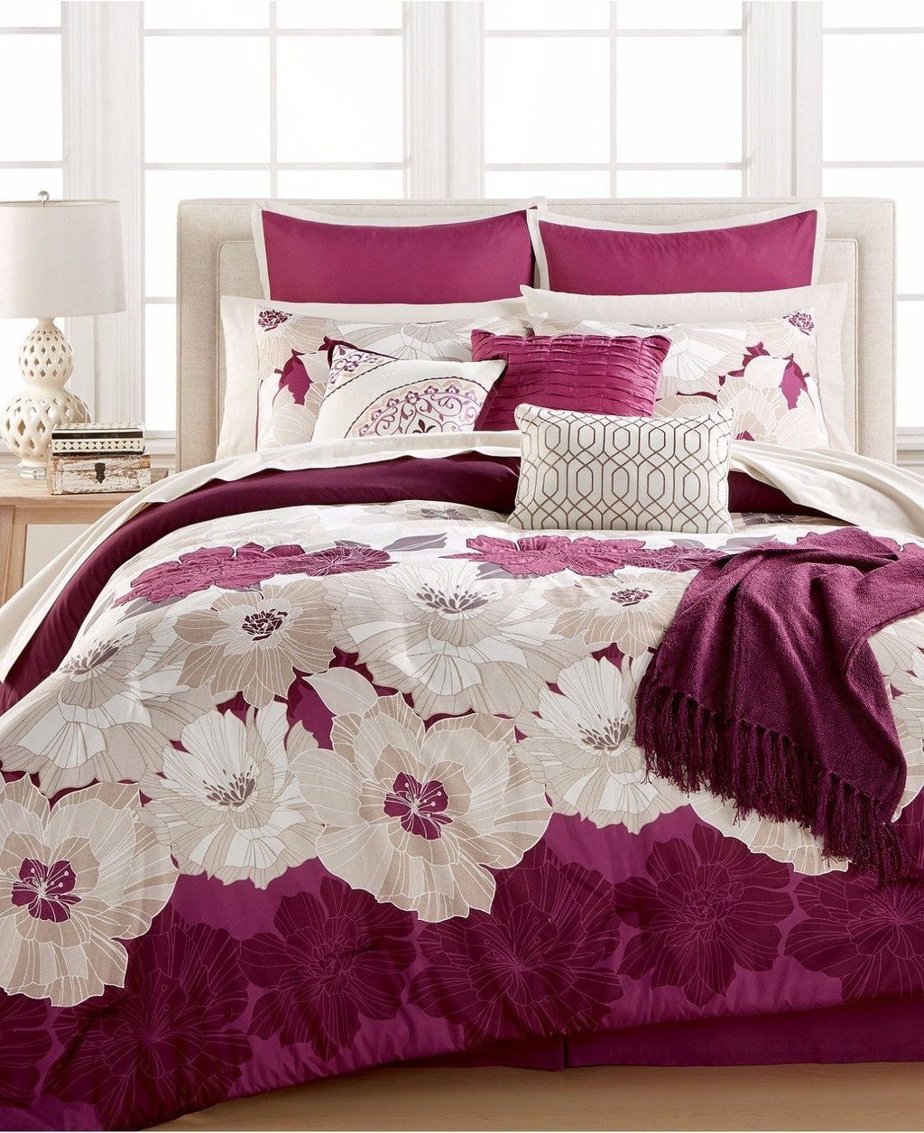 Image of: Queen Size White Purple Comforter Set Girl 3 Piece Romantic Interior French Country Bedding Sets