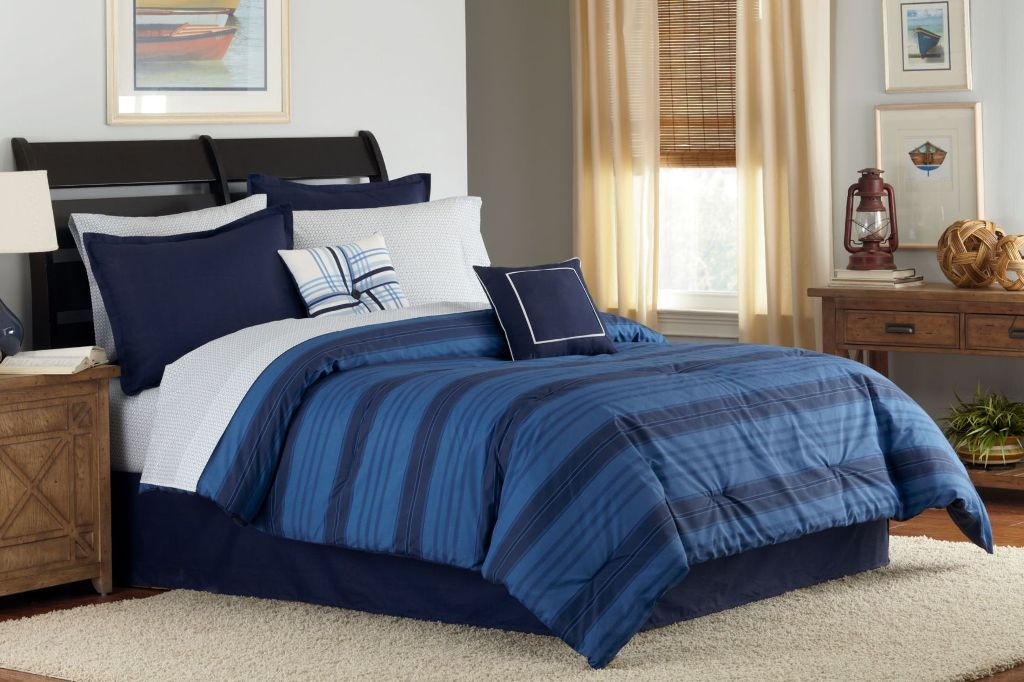 Image of: Solid Blue Twin Comforter