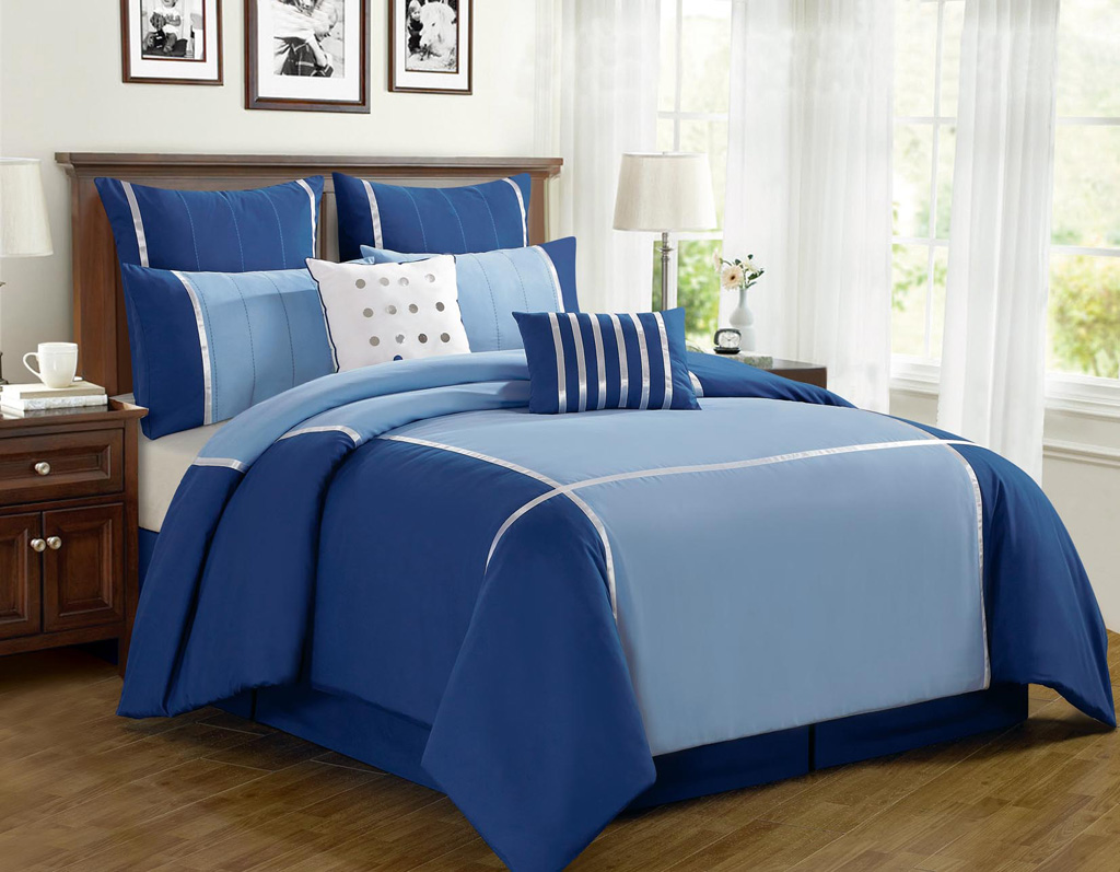 Image of: Solid Navy Blue Comforter Style