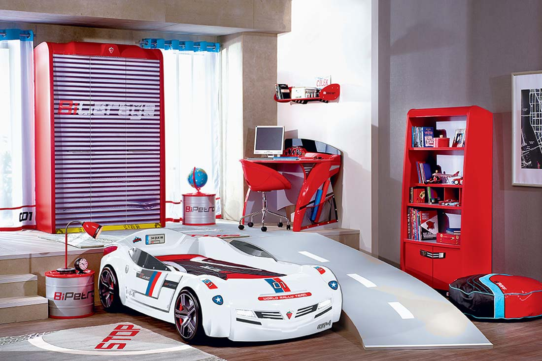 Image of: Step 2 Race Car Bed