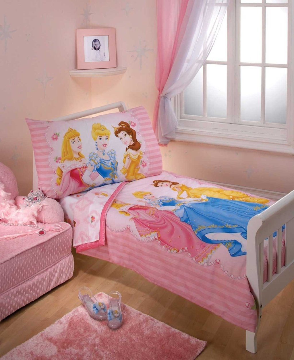 Image of: Disney Bedding Girl Disney Baby Minnie Mouse Piece Wonderful Ideas Toddler Bed Sets Boy