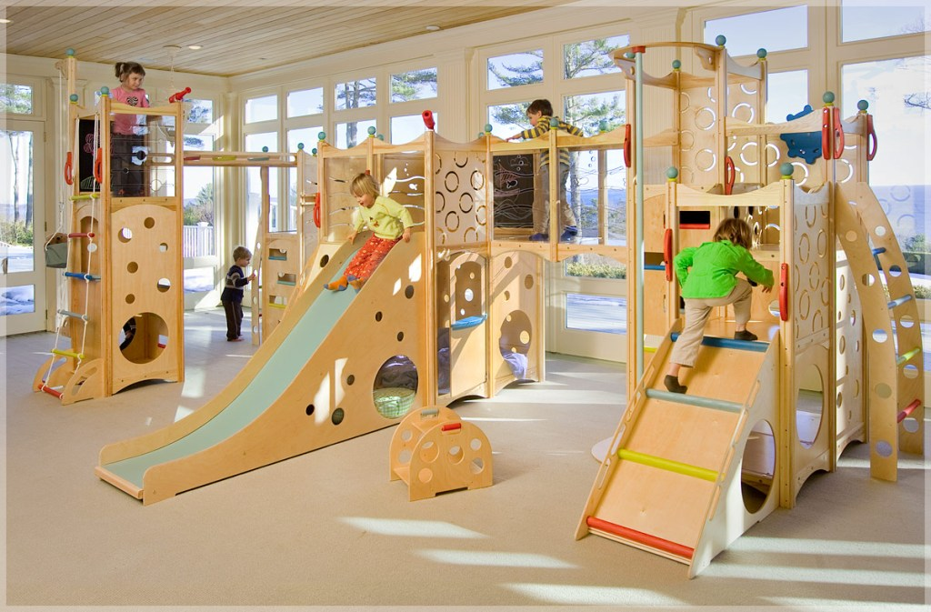 Image of: Bunk Bed With Slide And Swing Ideas