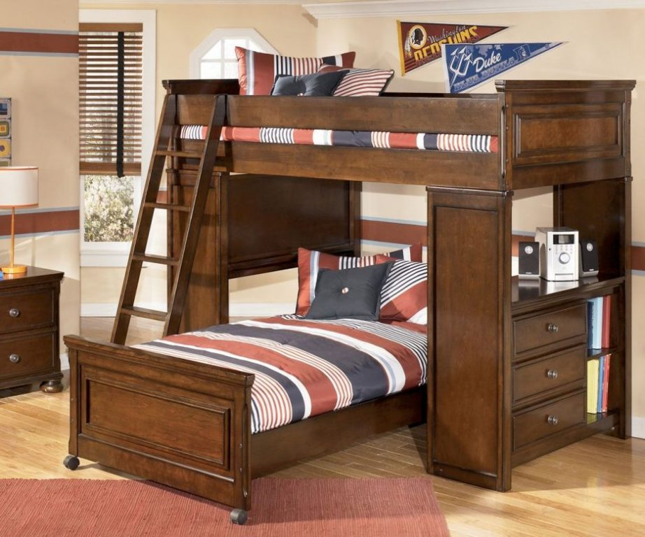 Image of: Princess Bunk Bed With Desk