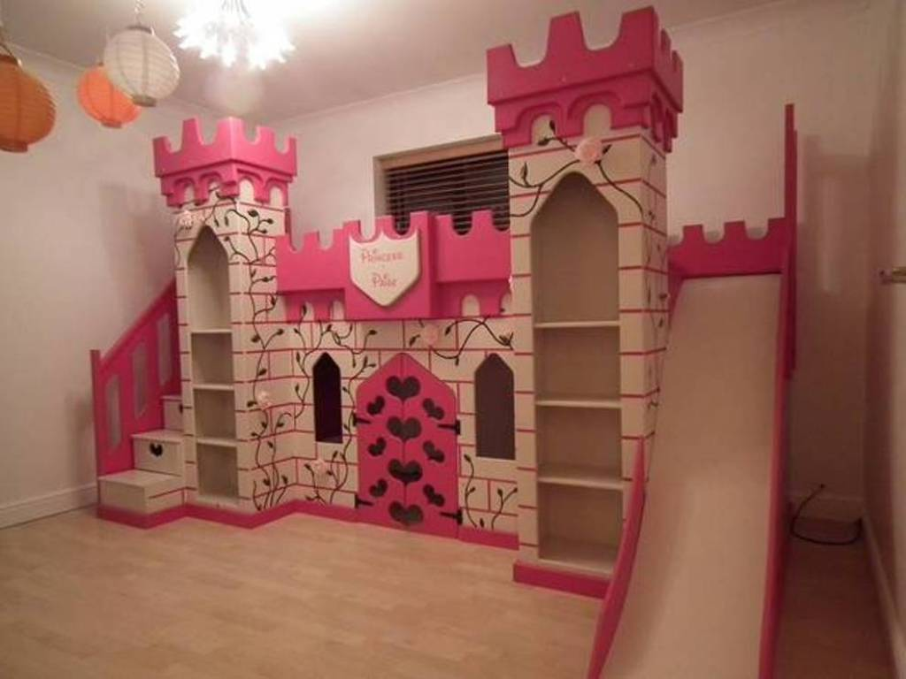 Image of: Princess Bunk Bed With Slide Design
