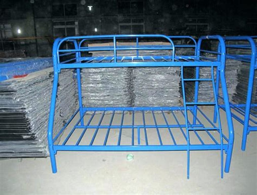 Image of: Bunk Bed Frames Cheap