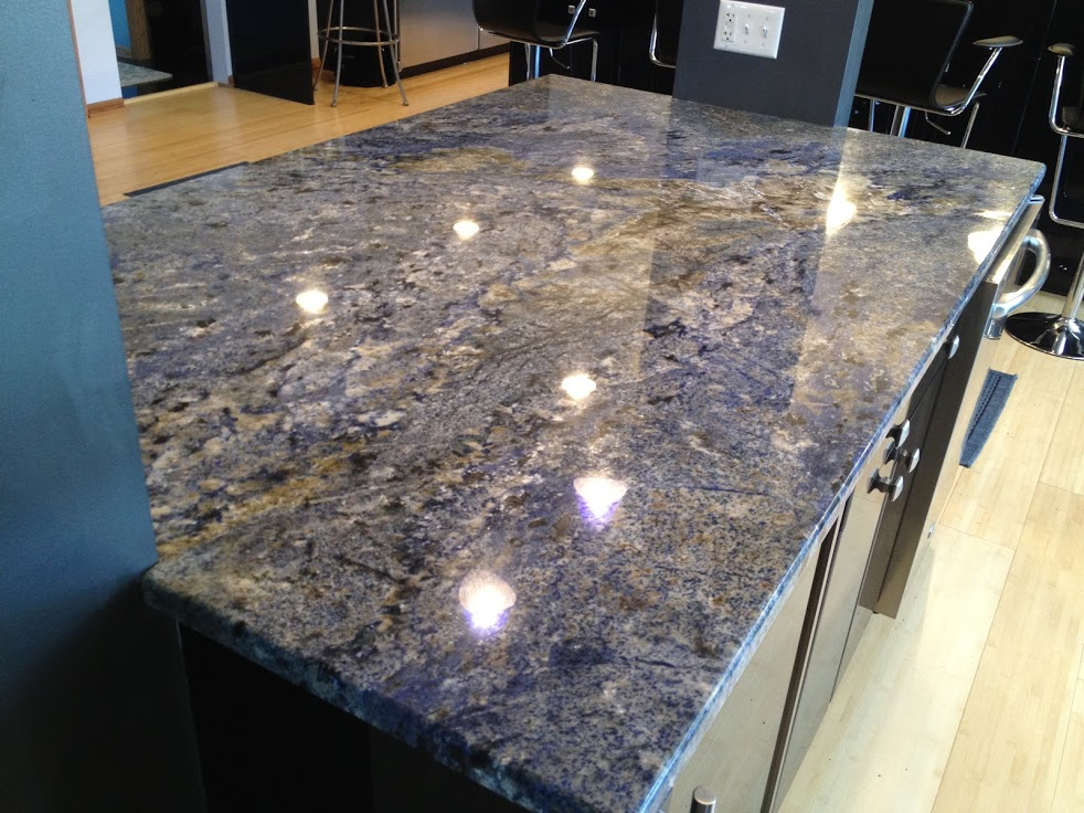 Image of: Blue Quartz Countertops With Oak Cabinets