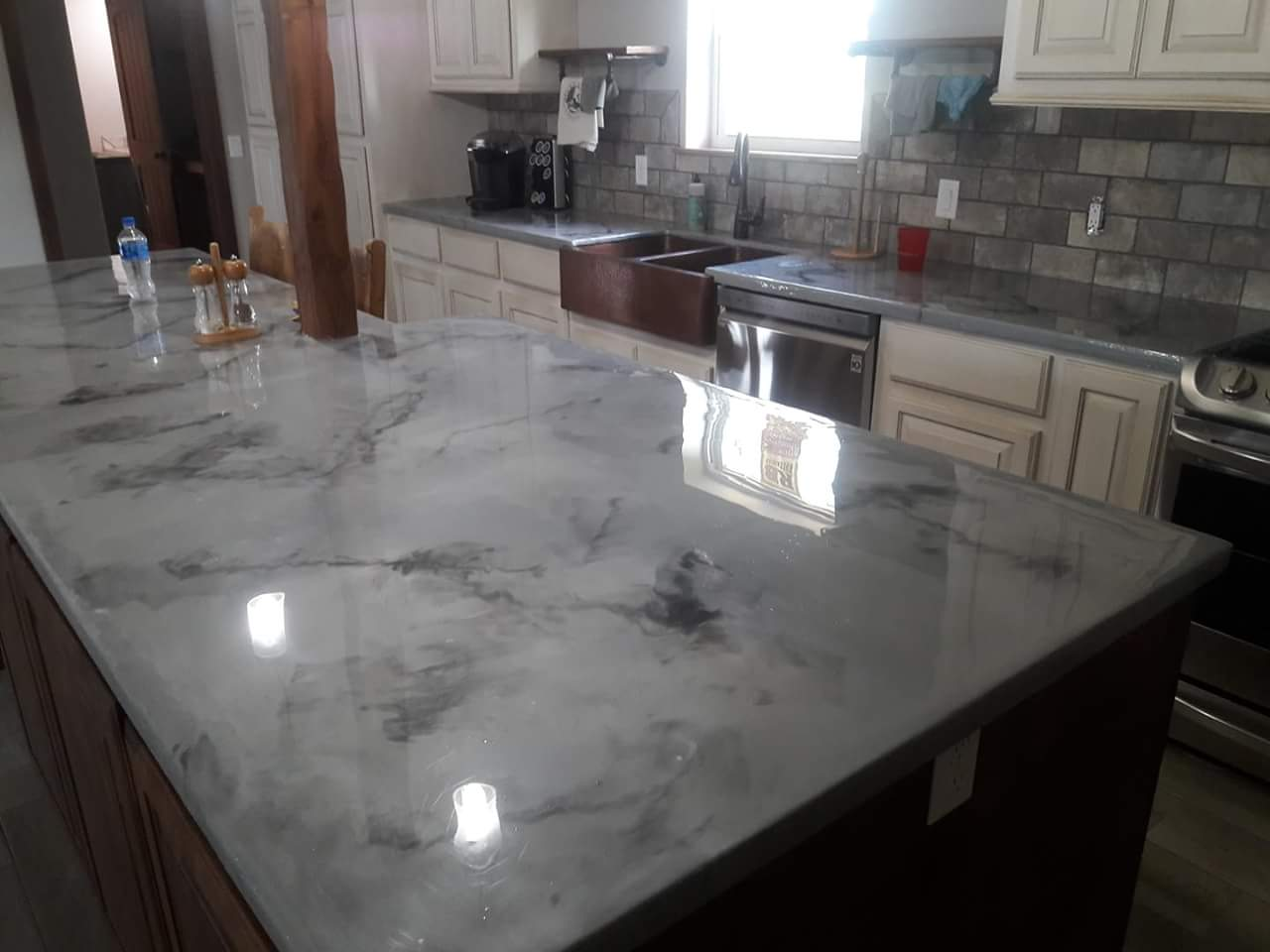 Image of: Color Concrete Countertops Yourself
