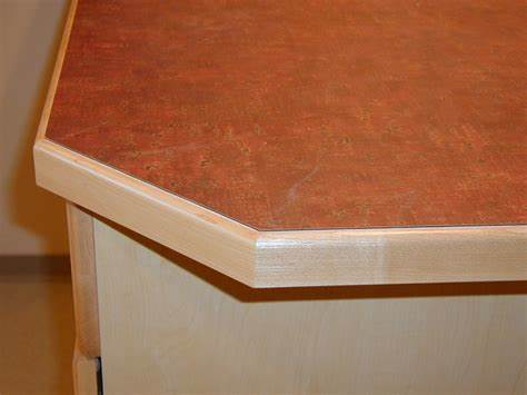 Image of: Concrete Countertop Finish Edge Molding