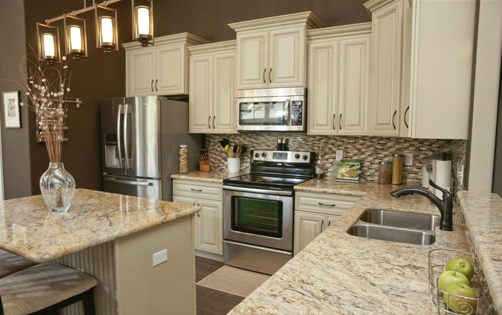 Image of: Granite Countertops With White Cabinets 2020