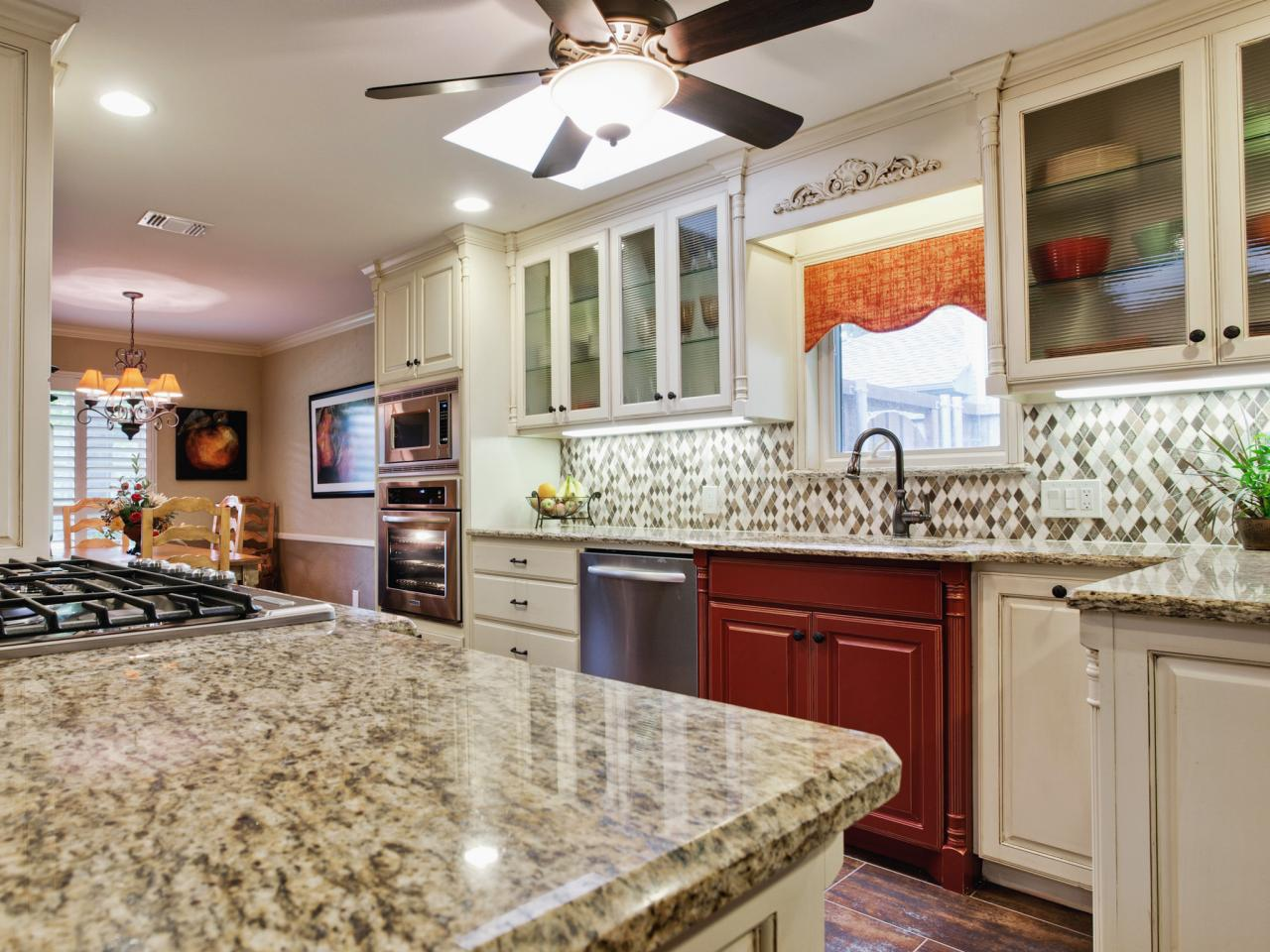 Image of: Ideas For Backsplash With Granite Countertops