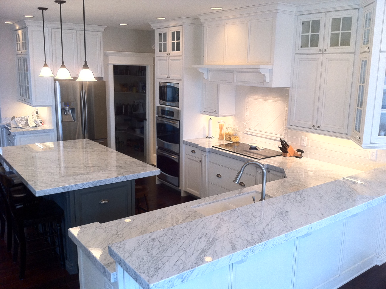 Image of: Marble Kitchen Countertops Cost