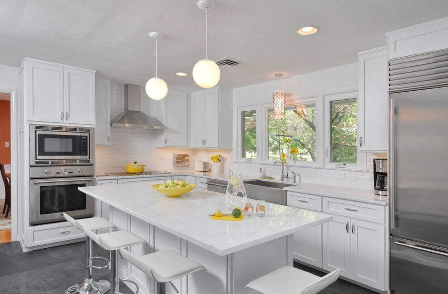 Image of: Nice Quartz Countertops With White Cabinets