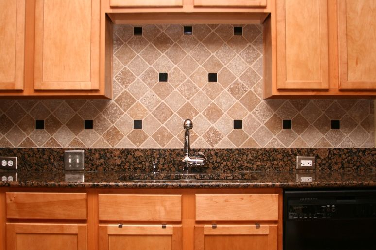 Popular Backsplash Ideas for Granite Countertops