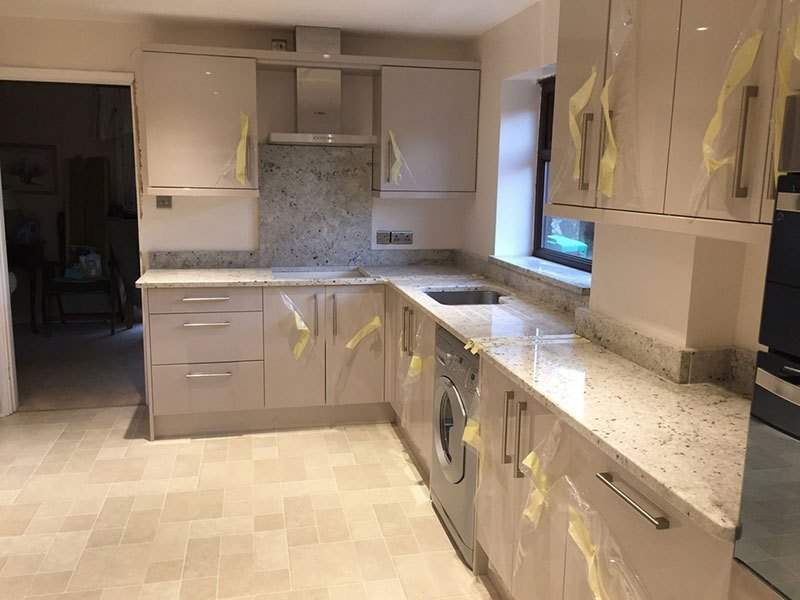 Image of: White Granite Countertops Pricing