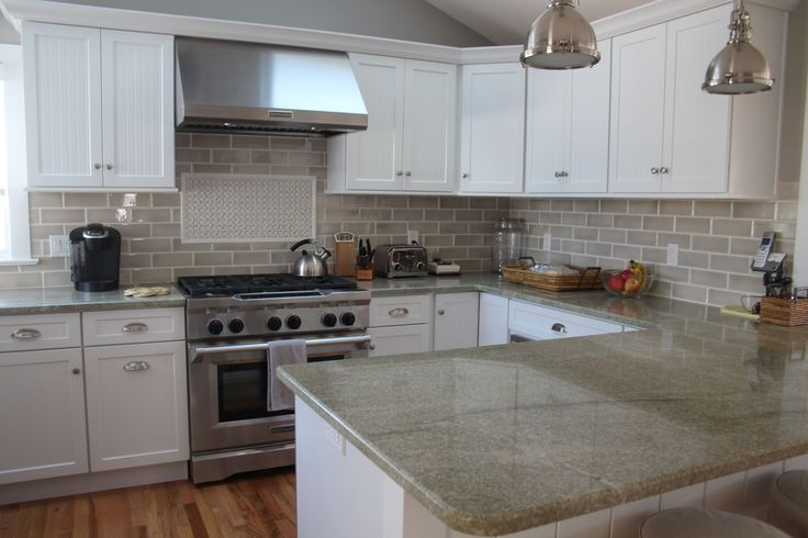 Image of: White Kitchens With Taupe Granite Countertops